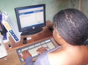 RESEAUX SOCIAUX AU CAMEROUN