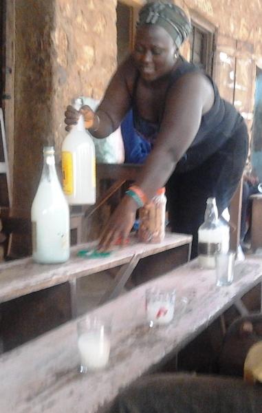 buvette de vin de palme à Bamenda
