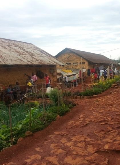 Hangar de boutique à la prison de Bamenda