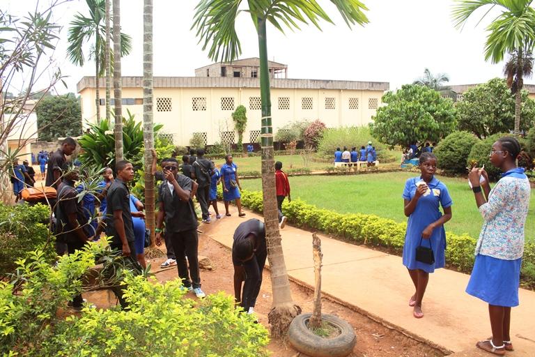 Jardin du lycée de biyem-assi